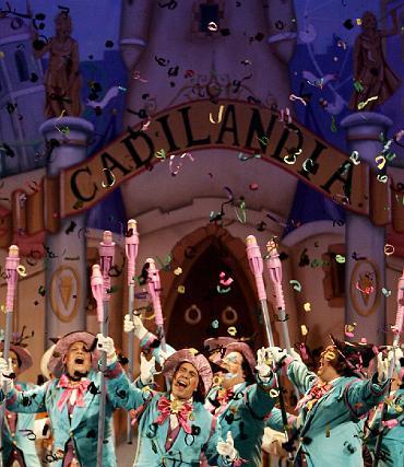 El coro a pie, El maravilloso mundo de Cadilandia.   Foto: Jose Braza