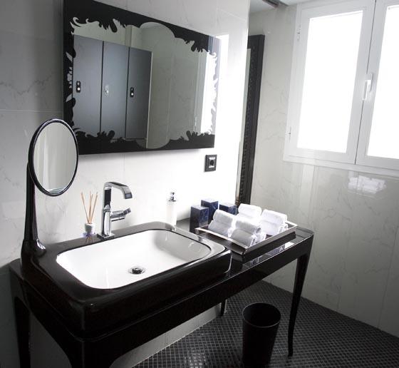 Baño de una de las habitaciones del hotel.  Foto: Jaime Martinez