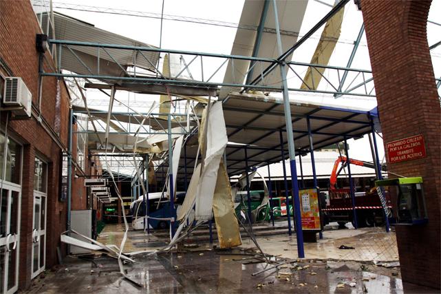 La estación de autobuses ha sido una de las zonas más afectadas  Foto: Victoriano Moreno / Migue Fernandez