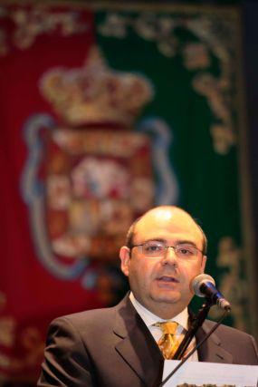 El concejal de Presidencia, Sebastián Pérez, durante su discurso.  Foto: Miguel Rodr?ez