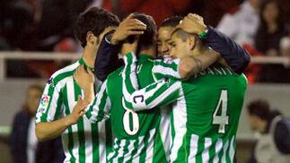 Celebración obligada del objetivo del fútbol: el 'gol'.  Foto: Manuel Gómez
