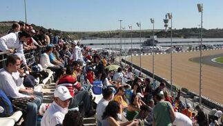 Imagen de la tribuna que fue abierta para albergar al público.  Foto: J. C. Toro