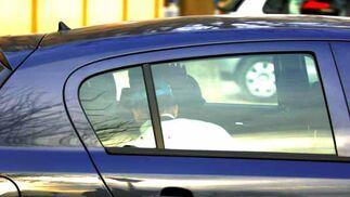 Miguel, autor confeso del crimen de Marta, trasladado en un vehículo tras su detención. / Manuel Gómez