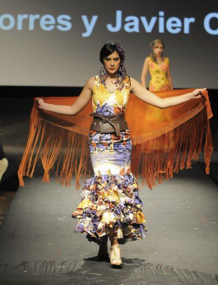 Detalle de los fajines de piel de Torres y Cosano.  Foto: Manuel Aranda