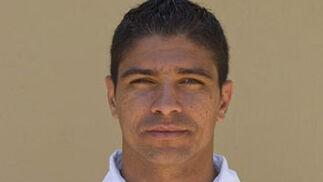 RENATO (medio) Edad:30 años Temp. en el club:6ª Goles en 08-09:8 Contrato hasta: 2011