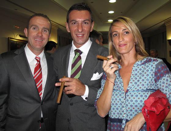 Julián Ramírez, Pepe Luis Gallardo y Mariola del Toro (Grupo Modesto).  Foto: Victoria Ramírez