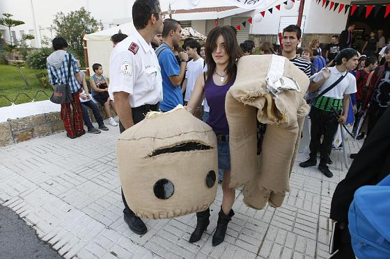 Casi 30.000 personas viven la fiebre del manga en Cádiz.   Foto: Jose Braza/Lourdes de Vicente