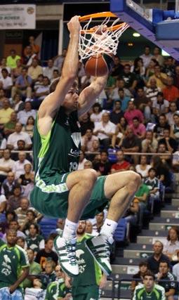 Freelando el protagonista del partido.   Foto: Migue Fernandez