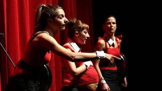 Actrices de 'Caramala' que dieron un toque divertido a la gala.   Foto: Migue Fernandez
