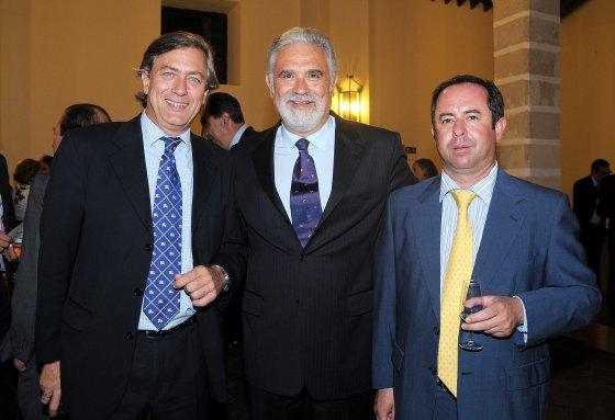 Pedro Rollán, director de Onda Jerez, Antonio Sánchez Mejías, empresario y abogado, y Manuel Gutiérrez.