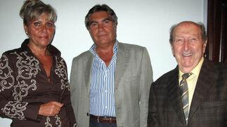 Belén Renque, Manuel Guisado y Tomás García Arjona.  Foto: Victoria Ramírez