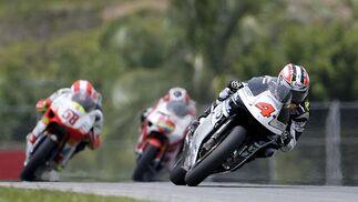 Hiroshi Aoyama, en cabeza de la carrera de 250cc del Gran Premio de Malasia.  Foto: Afp Photo / Efe / Reuters