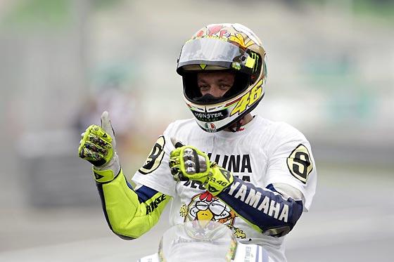 Valentino Rossi celebra su título mundial.  Foto: Afp Photo / Efe / Reuters