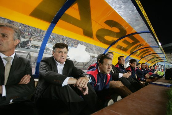 José Antonio Camacho, entrenador de Osasuna, se mostró satisfecho con el resultado cosechado por su equipo pero admitió que en la segunda sufrieron más de lo debido.  Foto: Pascual