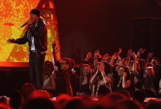 El rapero Eminem antusiasma  asus seguidores. / AFP Photo