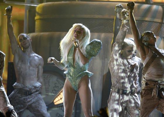 Lady Gaga, durante su concierto. / Reuters