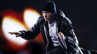 El rapero Eminem antusiasma  asus seguidores. / Reuters