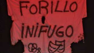 Chirigota 'Los falsos'  Foto: Lourdes de Vicente