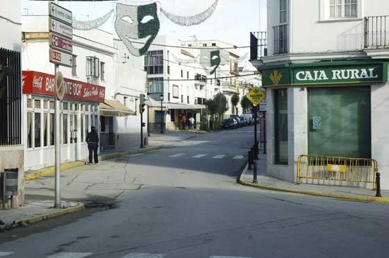 Bornos a primera hora de la mañana permanecía totalmente cerrada  Foto: Aguilar