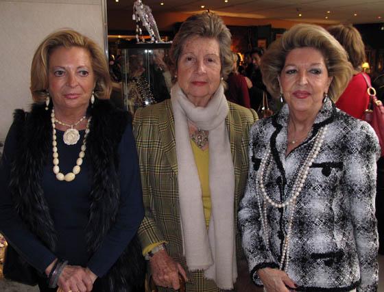 María del Carmen Sánchez, Ángeles Parias  y Juana Cervantes.  Foto: Victoria Ramírez