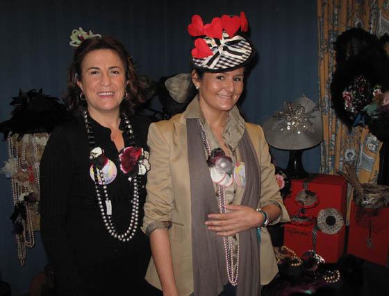 María del Mar Zerpa(Vainica) y Carmen Vilela (Aycarmela).  Foto: Victoria Ramírez