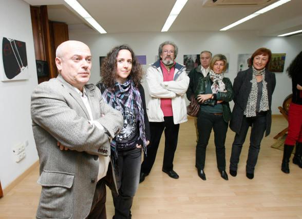 Bernardo Palomo durante la inaguración de la exposición.  Foto: Pascual