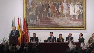 José Antonio Griñán, presidente de la Junta de Andalucía, ejerce su turno de palabra.  Foto: Juan Carlos Vázquez