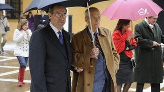 Guillermo Jiménez Sánchez, miembro del Tribunal Constitucional, y Jaime Ybarra, presidente de la Fundación Sevillana Endesa.  Foto: Juan Carlos Vázquez