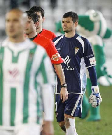 El Cádiz perdió en su visita a Córdoba por el imperdonable error al defender el contragolpe que dio lugar al 1-0  Foto: Alvaro Carmona
