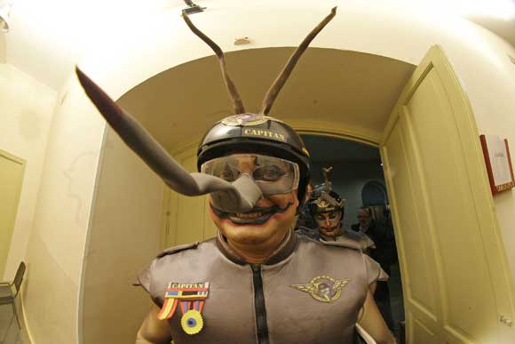 El Sheriff, caracterizado con el tipo de 'El escuadrón de los jartibles'  Foto: Jesus Marin/Lourdes de Vicente