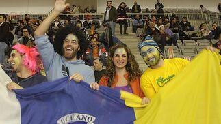 El Granada vence al Gran Canaria gracias a una gran remontada. / Pepe Torres