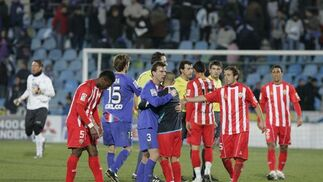 El Almería empata ante el Getafe gracias a un fallo clamoroso del portero rival en el último suspiro del encuentro. / Javier Alonso