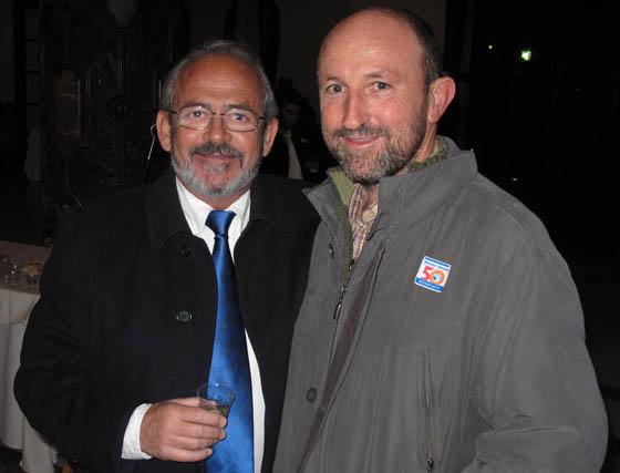 Los periodistas Francisco Pérez Gandul, autor del best seller Celda 211, y Francisco Correal (Diario de Sevilla).  Foto: Victoria Ramírez
