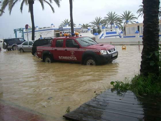 La provincia de Málaga registró en torno a un centenar de incidencias causadas por la lluvia y el viento.  Foto: Agencias