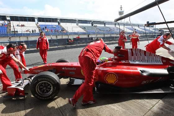 Dos paradas de Barrichello, una de Hamilton y otra de Massa fueron algunas de las incidencias  Foto: Juan Carlos Toro