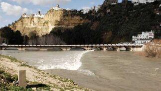 Vista de Arcos desde el río  Foto: Paco Periñan / Aguilar / Borja Benjumeda / Pascual/ JC Toro / Efe