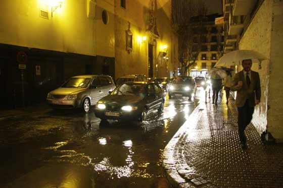 Charcos por toda la ciudad.  Foto: Victoria Hidalgo