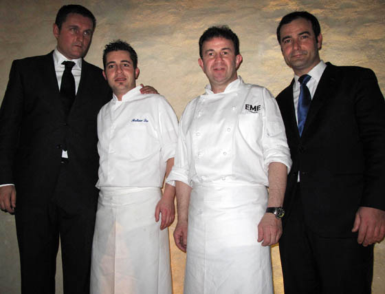 Carlos Resano, director general del Grupo Maireles; Baltasar Díaz, jefe de cocina de Santo, de EME Catedral Hotel; el chef Martín Berasategui, y Javier García Varcárcel, director ejecutivo de EME Catedral Hotel.    Foto: Victoria Ramírez