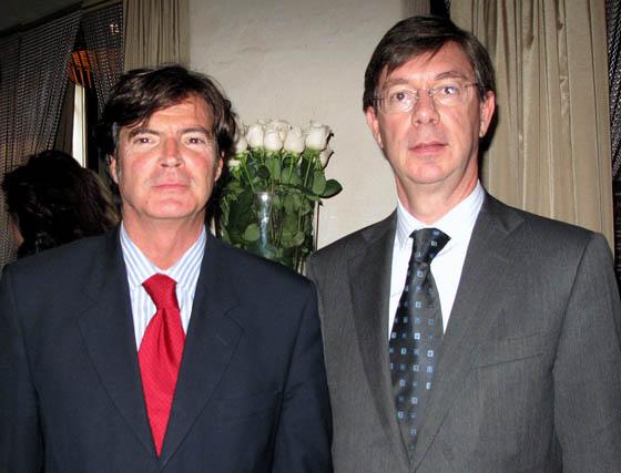 Ricardo Camilleri y Pedro Torres, directores regional y territorial, respectivamente, de la Caja Mediterráneo (CAM).  Foto: Victoria Ramírez