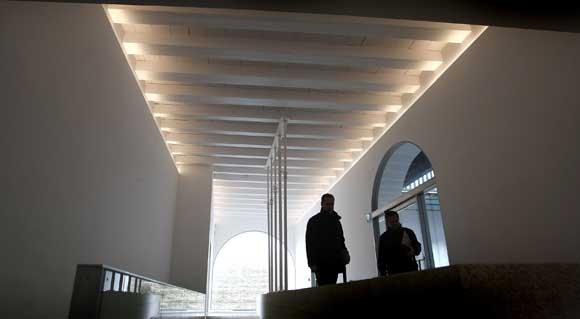 La primera de las salas, donde está el acceso directo desde la Posada del Mesón  Foto: Jose Braza