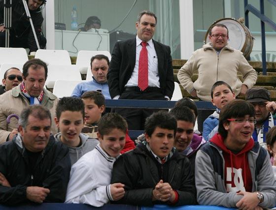 El presidente de la junta gestora del Jerez Industrial, Juan Manuel Delgado,  y varios de sus colaboradores.  Foto: Vanesa Lobo