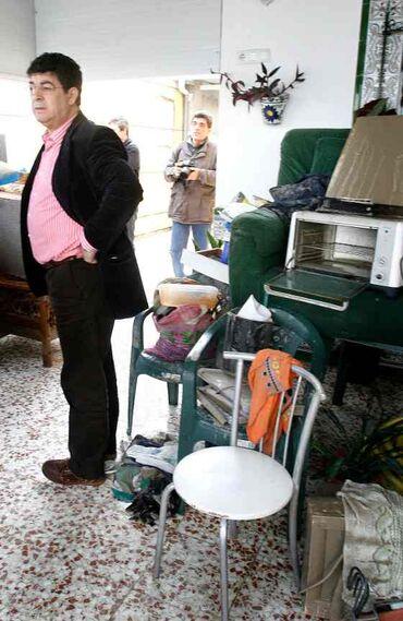 """Valderas indicó que los vecinos de las barriadas rurales de Jerez tienen """"un grado de escepticismo, dolor y sufrimiento muy grande"""".   Foto: Pascual"""