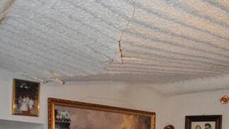 Los techos empiezan a ceder  Foto: Ramón Ubric