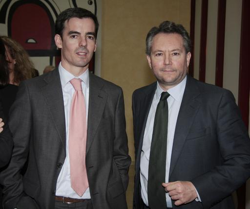 Alfredo Bustillo, director de Comunicación y Patrocinios de La Caixa, con José Joly, presidente del Grupo Joly.  Foto: M. GOMEZ/ VICTORIA HIDALGO