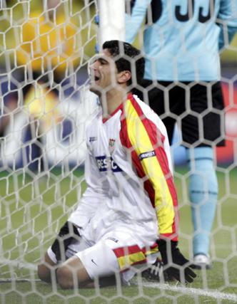 Renato se lamenta dentro de la portería del CSKA.  Foto: Antonio Pizarro