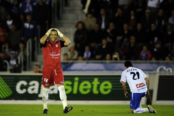 Los de Pellegrini golean al Tenerife en el Heleliodoro Rodríguez López con goles de Higuaín (dos), Kaká, Ronaldo y Raúl. / AFP · EFE · Reuters
