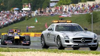 Fernando Alonso acaba segundo por detrás de Webber en el Gran Premio de Hungría. / EFE