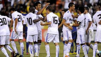 La era de Mourinho con el Real Madrid comenzó de forma triunfal después que el equipo español venciese por 2-3 a las Águilas del América de México, en partido amistoso disputado en el Candlestick Park de San Francisco.  Foto: EFE