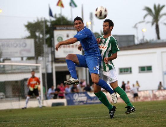 En la segunda parte sólo puede destacarse lo que aconteció hasta el gol de Óscar Díaz, que mató el partido  Foto: Juan Carlos Toro