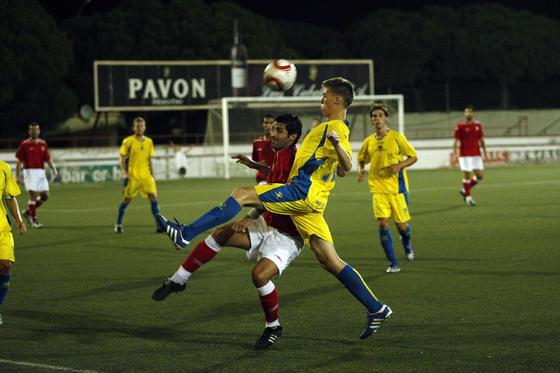 En el segundo partido, el Cádiz venció por 2-1 al Portuense, con goles de Hugo García y Arriaga.  Foto: Fito Carreto